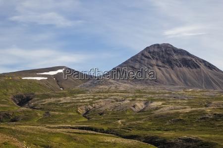 zerklueftete berglandschaft