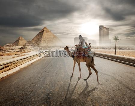 abend ueber pyramiden
