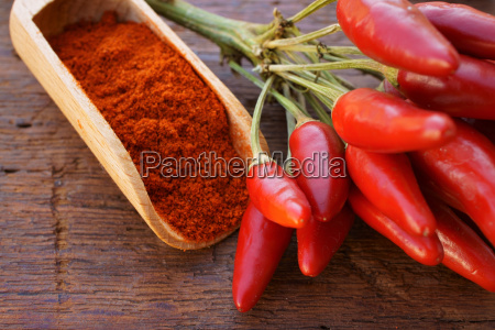chili peppers and chilli peppers on