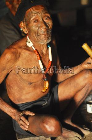 AEltester mann in nagaland indien