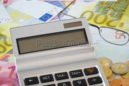 leeres display vom taschenrechner auf euro