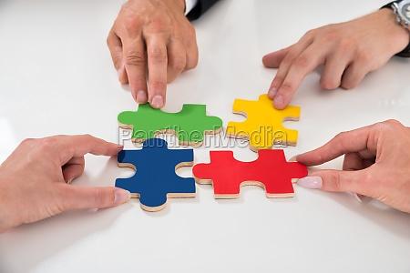 menschen, montage, puzzle, pieces - 15129431