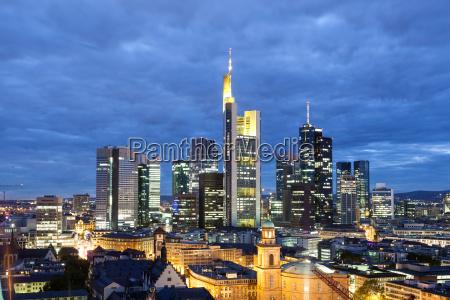 frankfurt main innenstadt in der nacht