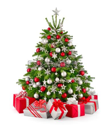 christbaum und geschenke in rot und