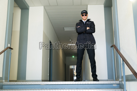 security, guard, stand, am, eingang - 15241673