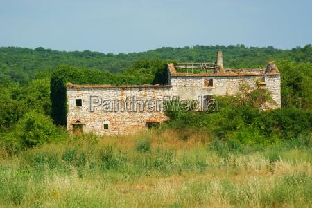 ruine in kroatien