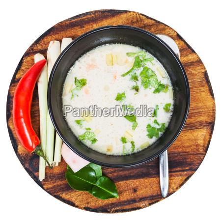ueber ansicht der thai suppe tom