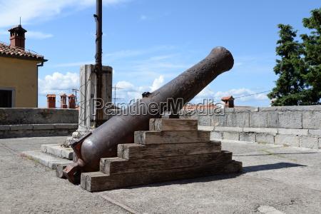 cannon in labin croatia