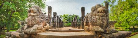 the council chamber polonnaruwa sri lanka