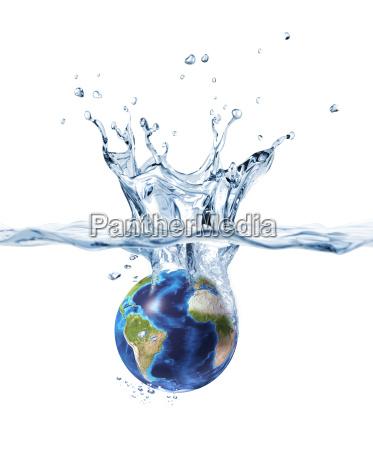 planet erdein klares wasser spritzt