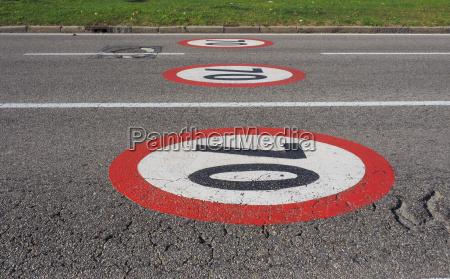 hoechstgeschwindigkeit zeichen