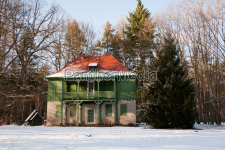 the green house in winter