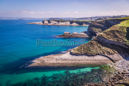 panoramablick auf die kueste von santander