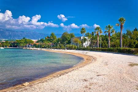 palm beach in novalja auf der