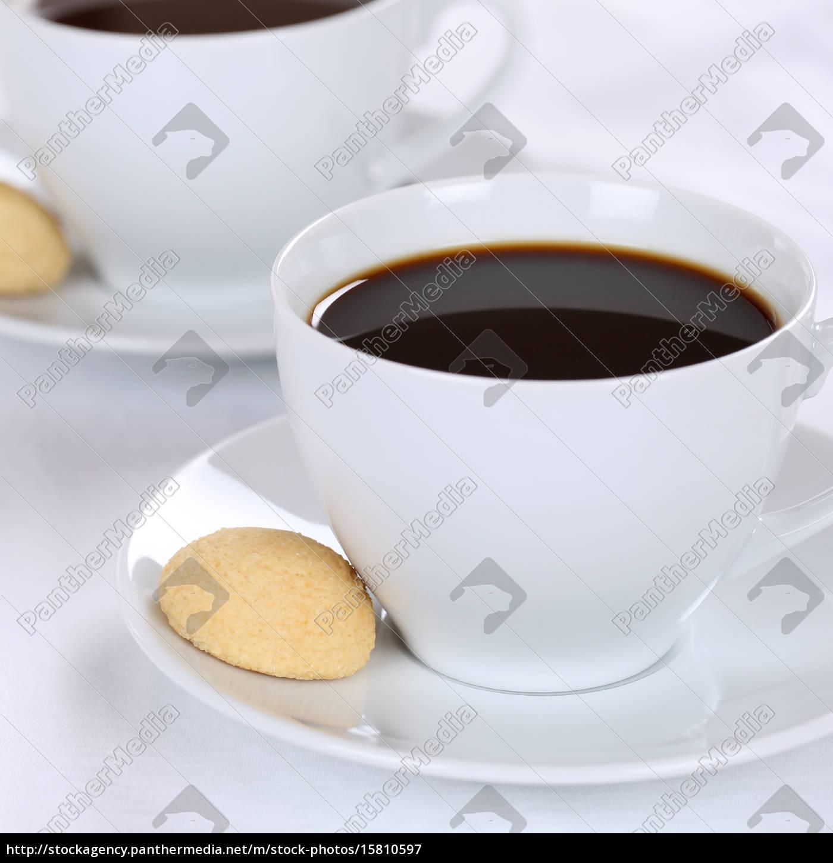 Frischer Kaffee Getränke in Kaffeetasse - Stockfoto - #15810597 ...