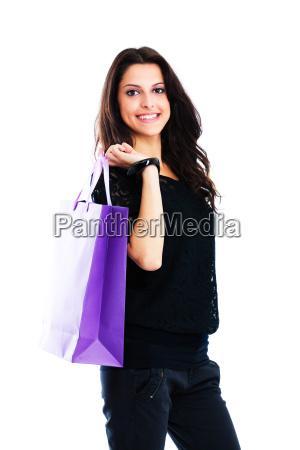 junge frau tragen einkaufstasche junge frau