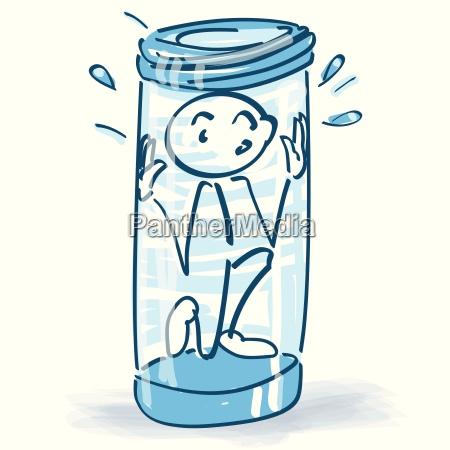 strichmaennchen sitzt im glas fest und