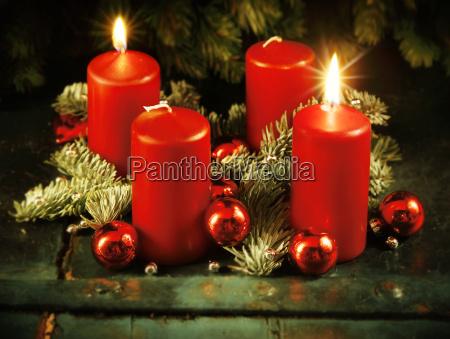 guirnalda de navidad adviento con dos