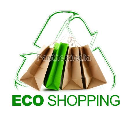 eco shopping schild mit papiertueten isoliert