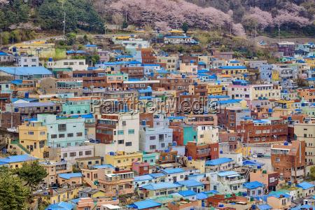 fahrt reisen bauten haeuser stadt metropole