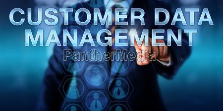 manager beruehren kundendatenmanagement