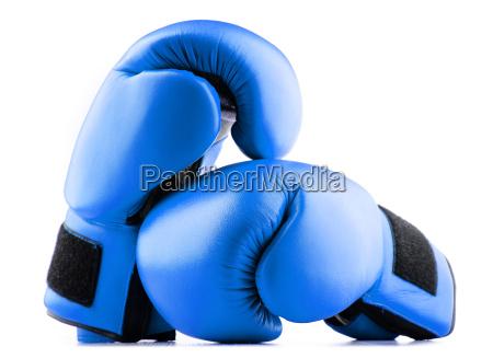 paare der blauen leder boxhandschuhe isoliert