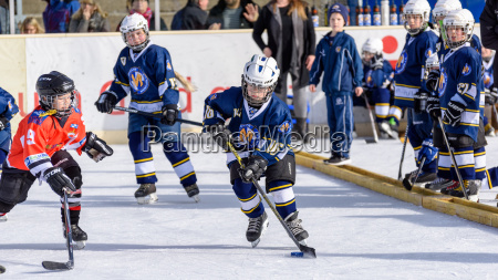 deutsch kinder eishockey spielen