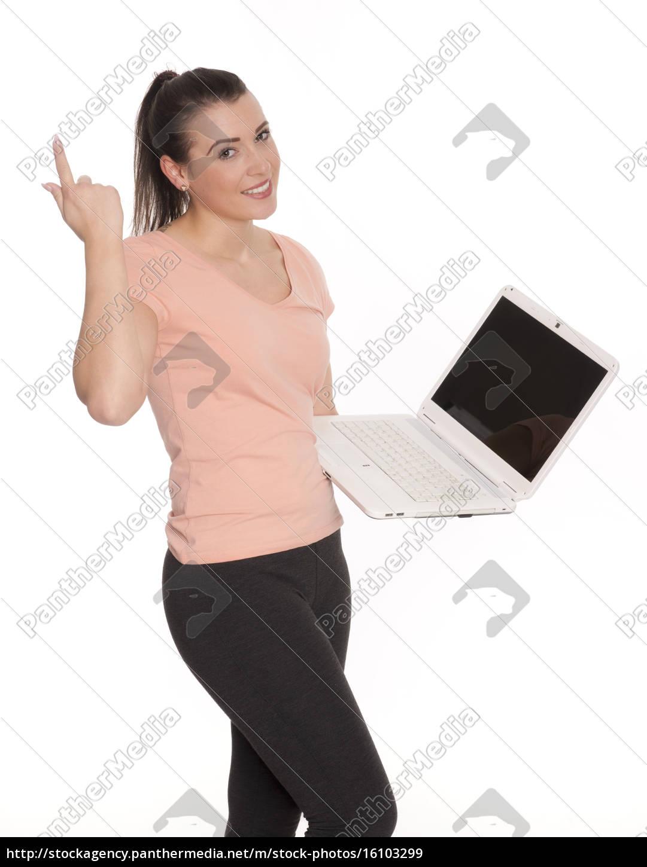 junge, frau, am, laptop, hält, eine - 16103299