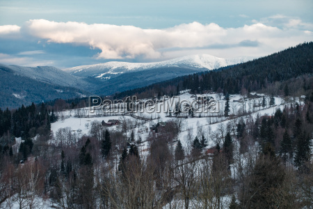 winter im riesengebirge bei benecko