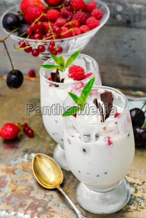 ice cream with berries and mint