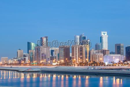 manama skyline at night bahrain