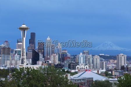 usa washington state skyline of seattle
