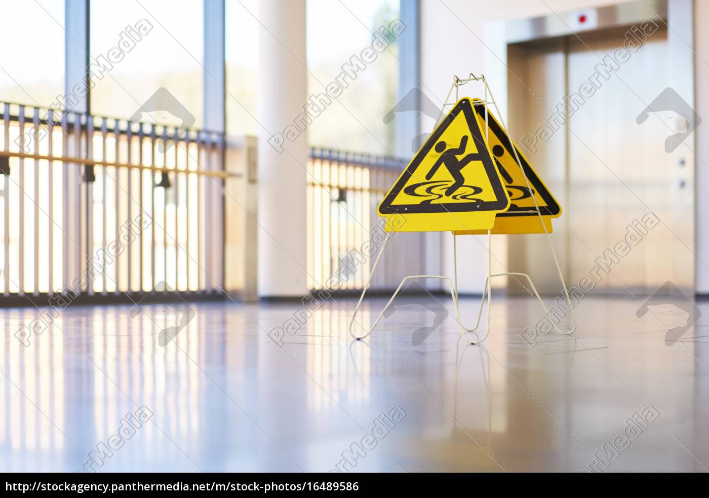 Schild Gefahr Flur Modern Gebäude Stock Photo 16489586