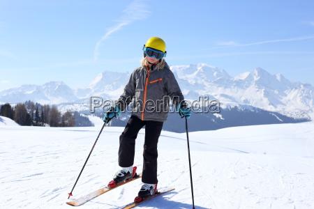 skitag in den alpen