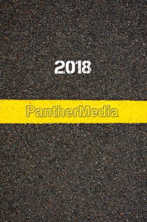 strassenmarkierung gelb linie jahr 2018