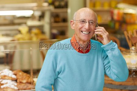 einen anruf von einem gluecklichen klienten