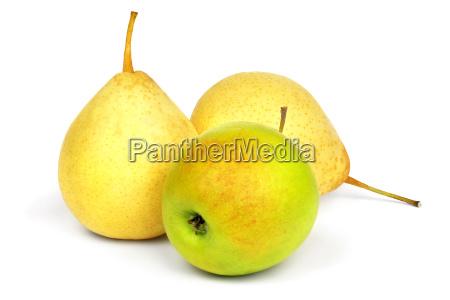 gelbe birnen und gruener apfel
