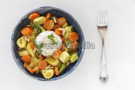 curry with carrot leek and coconut