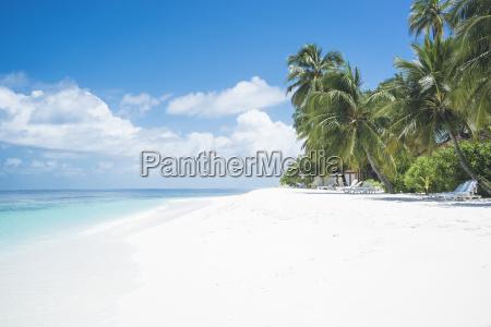 malediven ari atoll blick auf leeren
