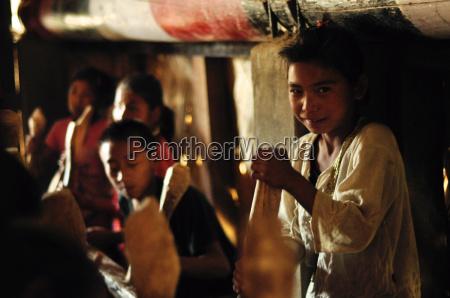 kinder in nagaland indien