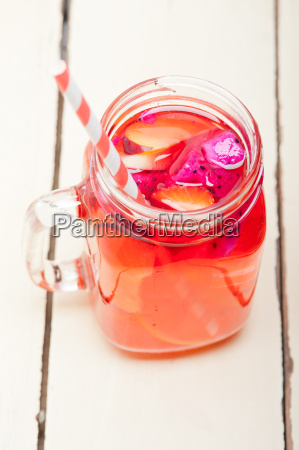 fresh fruit punch drink