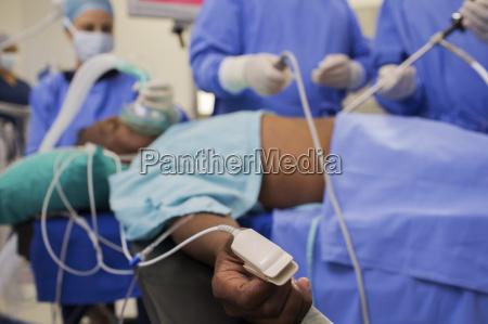 arzt mediziner medikus blau horizontal krankenhaus