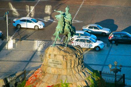 bohdan khmelnytsky monument kiev ukraine