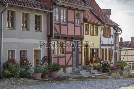 deutschland quedlinburg muenzenberg alte fachwerkhaeuser