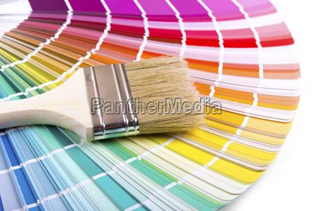 pinsel auf einer palette farbe fuehrer