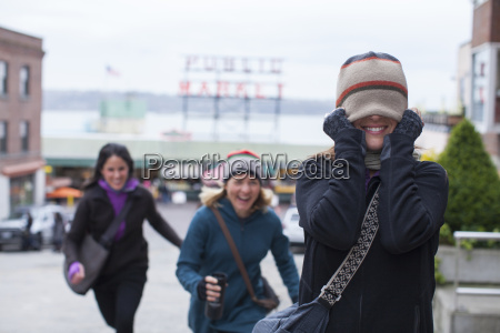 friends having fun in downtown seattle