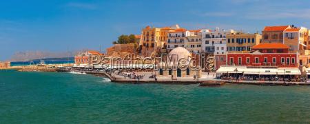 panorama der alten hafen chania kreta