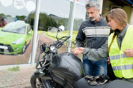 lady vorbereitung fuer motorrad lektion