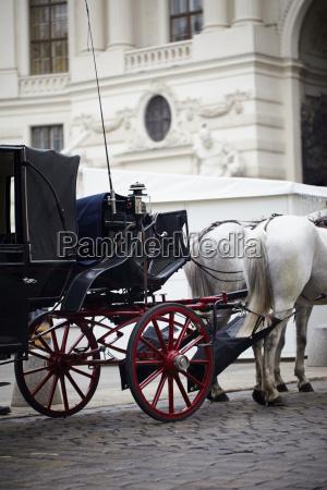 pferdekutsche fuer sightseeing tour wien OEsterreich