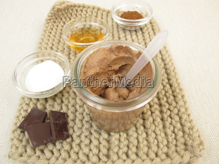 homemade chocolate mask with yogurt and